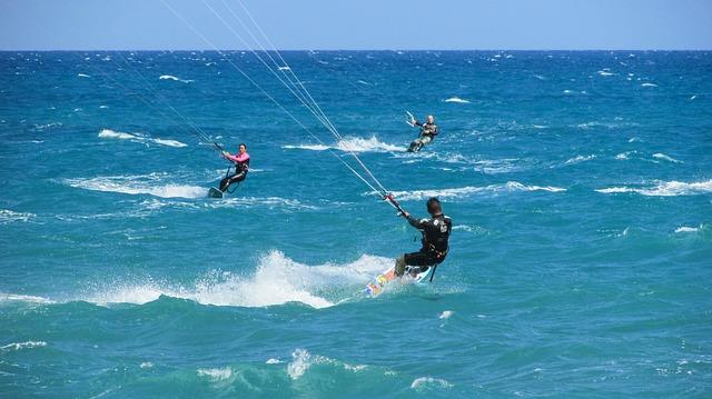 mykonos kite serfing lessons