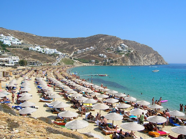 elias-beach-in mykonos