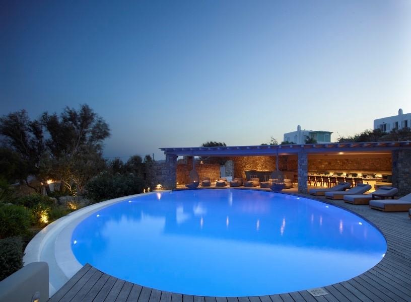 mykonos villas - villa with pool (2)